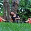 Вагітна фітнес-блогер з кубиками на животі ламає стереотипи про тренування і харчування - фото