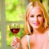Ботокс і алкоголь: наслідки, до яких може привести вживання спиртного після ін`єкцій, і відгуки про ускладнення