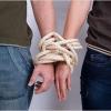Емоційна залежність: як вона проявляється в житті і способи боротьби з цим станом