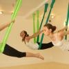 Йога в повітрі на гамаках: новий напрямок в мистецтві йоги і приклади простих вправ