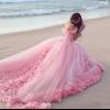 З чим носити рожеве плаття