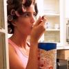 Вчимося боротися з емоційним переїданням - фото